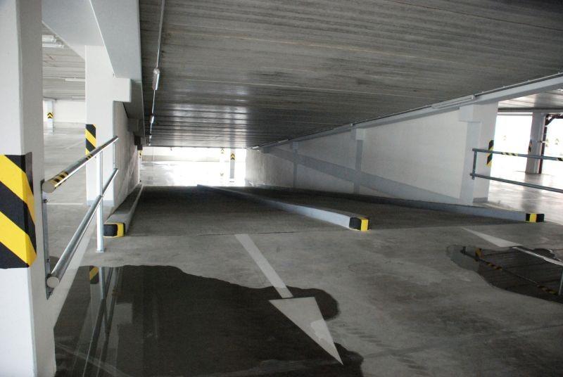Hromadné garáže 0001