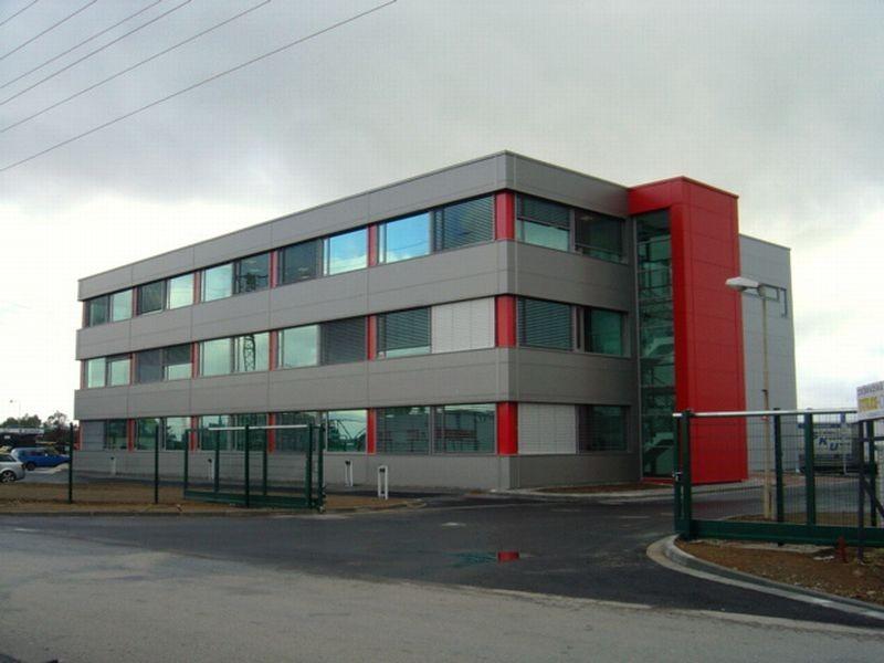 Víceúčelová skladovací hala s administrativní budovou 0001