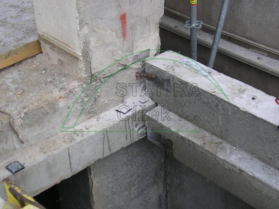 Budova ZENTIVA 0016