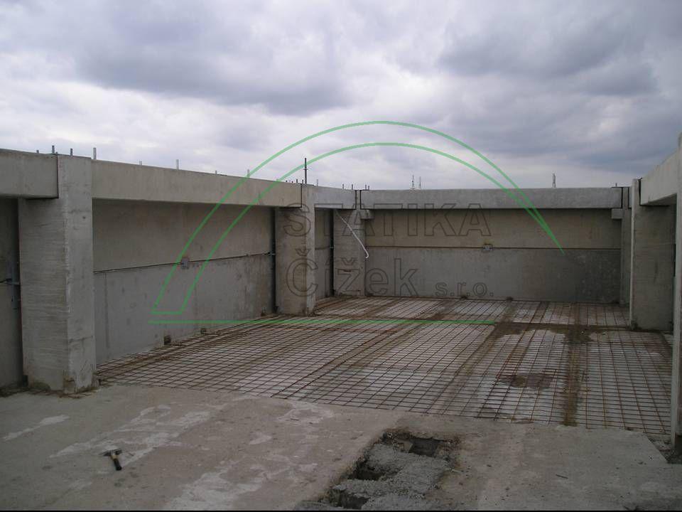 Budova ZENTIVA 0040
